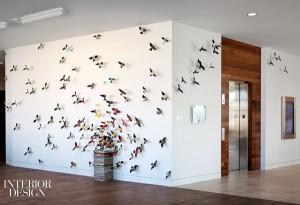 600x411x437264-Anthem_s_birds_spread_cross_lobby_walls_.jpg.pagespeed.ic.oAMUuAdvzy